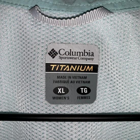 Columbia Titanium Button Down Size XL/TG